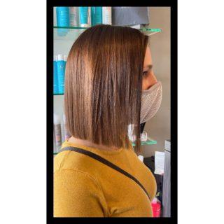 Summer~ready🌞 • • • #salonfave • • • Women's haircut: @hairnbrowsbyjess