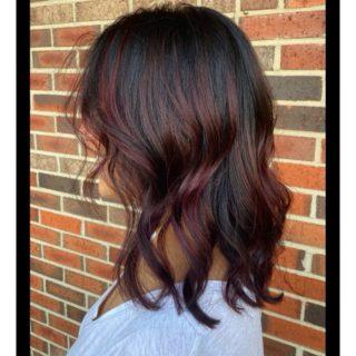 That shine✨ • • • #salonfave • • • Balayage+haircut: @hairnbrowsbyjess